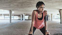 Sweat it out 做高强度的运动锻炼