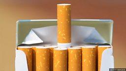 Who's still smoking? 谁还在吸烟?