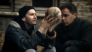 'Hamlet' - Act 5 Scene 1 - the grave-digging scene