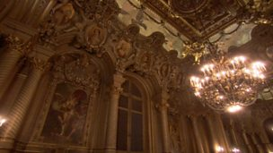 Image for Web exclusive: Parisian ballet warm-up room
