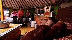 How to build a Mongolian 'ger' house
