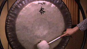 Exploring instruments - metal percussion