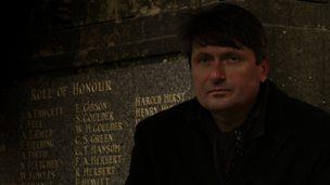 'The Manhunt' by Simon Armitage (analysis)