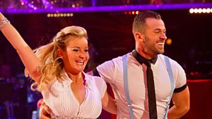 Image for Helen Skelton and Artem Chigvintsev dance the Jive to 'All I Want For Christmas (Is You)'