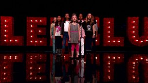 Diva8 perform on Comic Relief Does Glee Club