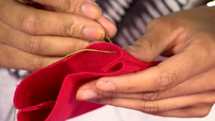 Sewing a mobile phone cover