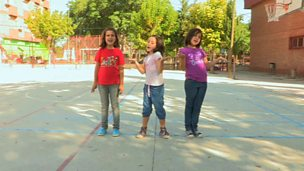 Playground counting game from Spain