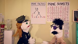Decomposing numbers into prime factors