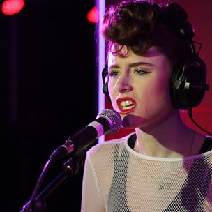 Nobody To Love/Doo-Wop (1Xtra Live Lounge, 14th April 2014)