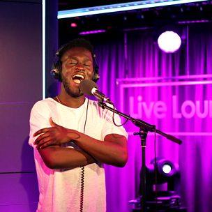 Walk (Radio 1 Live Lounge, 24 Sep 2014)
