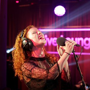 Ain't Got Far To Go (1Xtra Live Lounge, 14 Oct 2014 )