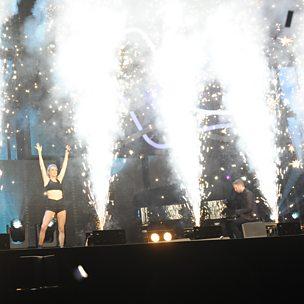 Blame/Outside (BBC Music Awards) (feat. John Newman & Ellie Goulding)