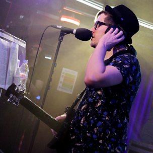 American Beauty/American Psycho (Radio 1 Live Lounge, 13 Jan 2015)
