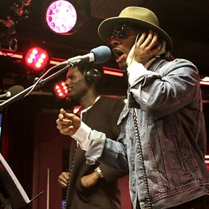 On The Low (1Xtra Live Lounge, 11 Feb 2015) (feat. Wretch 32)