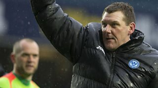 St Johnstone manager Tommy Wright talks to Ian Turner after semi-final win.
