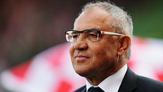 Ex-Fulham striker Rodney Marsh feels Felix Magath is not the man to rebuild the club.
