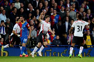 Joe Allen puts Liverpool 1 goal in front of Crystal Palace 18 minutes in at Selhurst Park