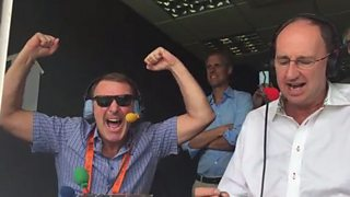 Jonathan Agnew commentates on the moment England regained the Ashes.