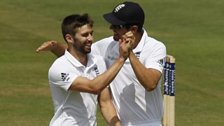 Mark Wood reveals Alastair Cook phoned with a motivational call ahead of the Ashes Test.