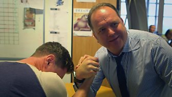 The Call Centre - Preview: Would you arm wrestle your boss?