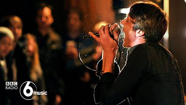 Suede at 6 Music Live