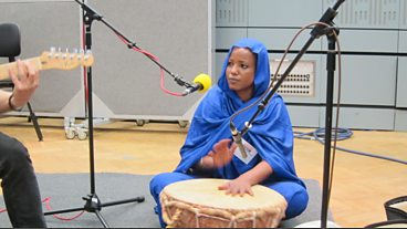 Aziza Brahim in session