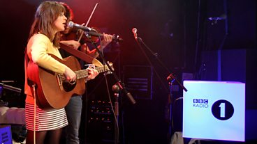Gabrielle Aplin Live Lounge, Radio 1 Academy