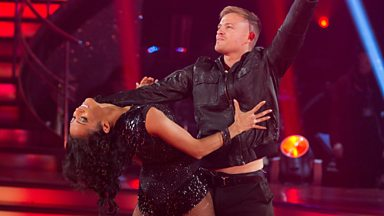 Image for Nicky & Karen dance The Cha Cha to 'Dynamite'