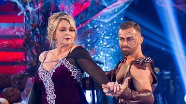 Image for Fern and Artem dance the American Smooth to 'Killer Queen'