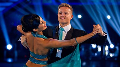 Image for Nicky and Karen dance the Foxtrot to 'The Best Is Yet To Come'