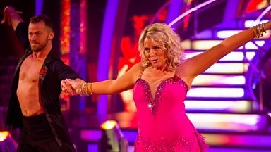 Image for Fern and Artem dance the Salsa to '(You'll Be Mine) Party Time'