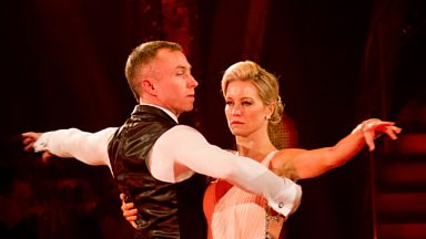 Image for Denise and James dance the American Smooth to 'Imagine'