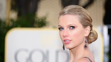 Image for Taylor Swift helps bring country back to New York radio