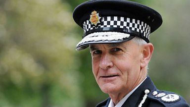 Image for Police 'need more black and ethnic minority officers'