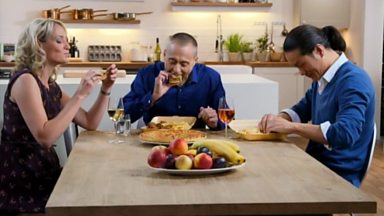 Image for Michel Roux Jr gives fast food a go