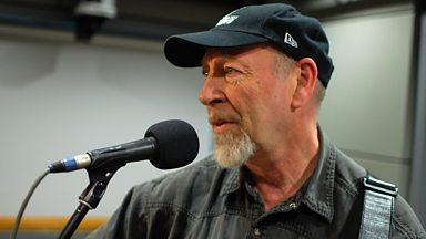 Image for Richard Thompson speaks to Mark Radcliffe