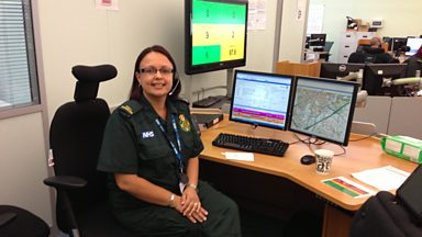 Image for 999 ambulance call handlers