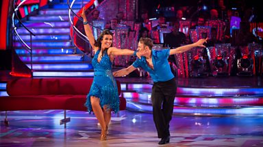 Image for Susanna Reid & Kevin Clifton dance the Jive to 'Shake Your Tailfeather'