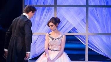 Image for Sophie Ellis-Bextor & Brendan Cole dance the Waltz to 'Moon River'