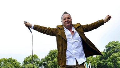 Image for Jim Kerr joins Sara Cox