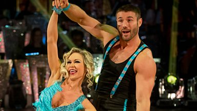 Image for Ben Cohen & Kristina dance the Charleston to 'No Diggity'