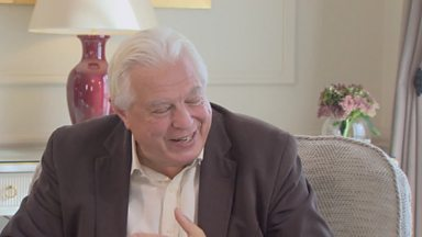 Image for Fern Britton meets John Simpson