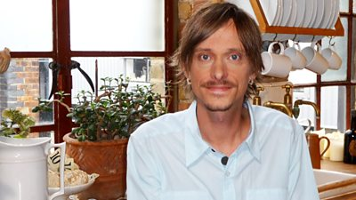 Mackenzie Crook - Don't Mention Pirates