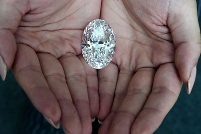 From diamonds to mammoth bones: some gems you may not have seen this week.