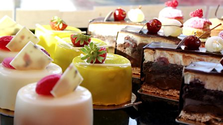 Raymond Blanc S Kitchen Secrets Cakes And Pastries