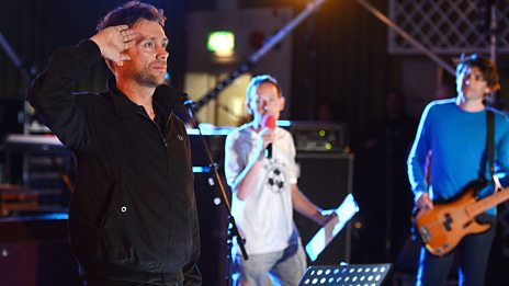 Blur perform live for Radio 2