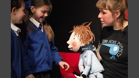 Long Nose Puppets meet the audience