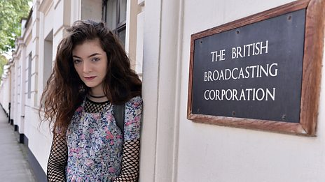 Lorde in session