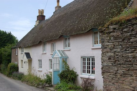thatchedcottage.jpg