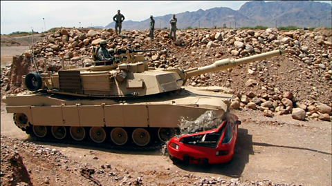 Image for Richard Hammond crushes a Porsche with a tank
